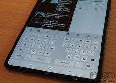 三星推迟手机上市 承认折叠手机存在BUG
